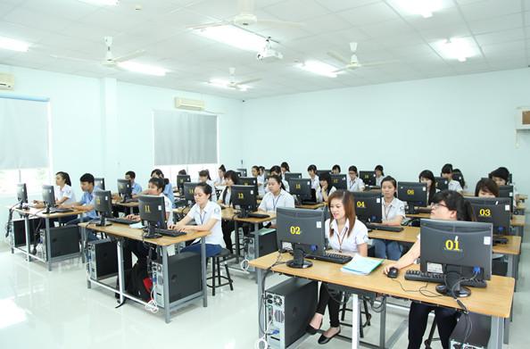 cho thuê máy tính phục vụ tập huấn tin học